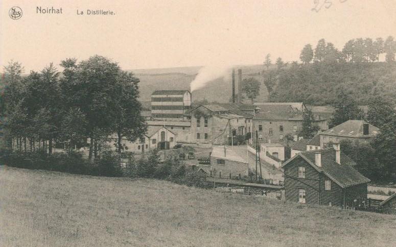 Distillerie De Broux à Noirhat (Bousval) : vue générale (début XXe siècle)