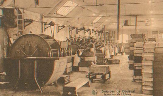 Sources de Bousval : vue générale de l'intérieur de l'usine (vers 1930)