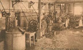Sources de Bousval : salle de la mise en bouteilles (vers 1930)