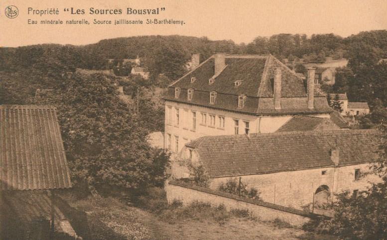 Propriété des Sources de Bousval :  façade arrière de la bâtisse (vers 1930)